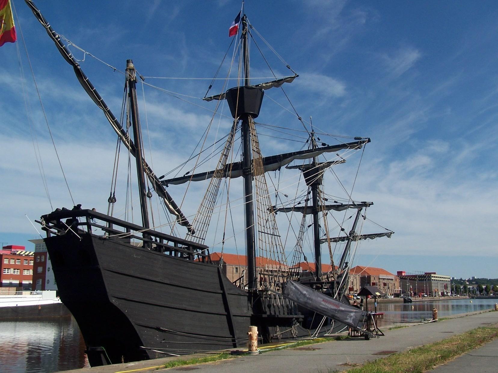 Magellan 's ship Nao-Victoria-stern view
